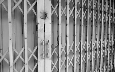 Heavy duty metal fencing