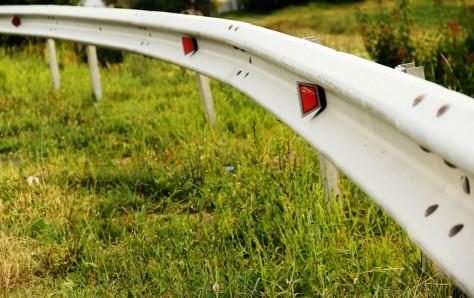 A picture of a Roadside guard rail