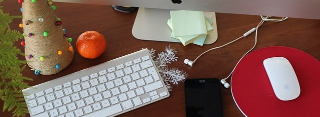 A picture of a Christmas desk