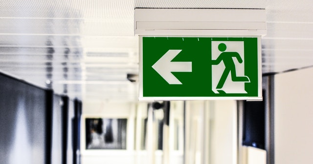 A picture of a fire exit sign