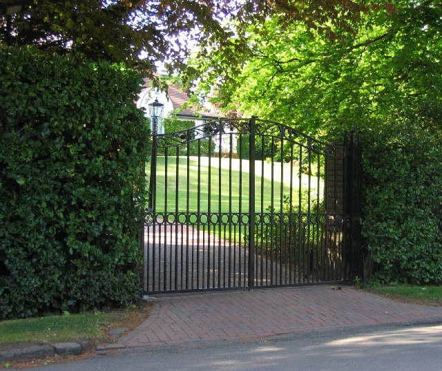 electric automatic gates for your home